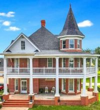 Renovated 1900 Victorian Home in Texas