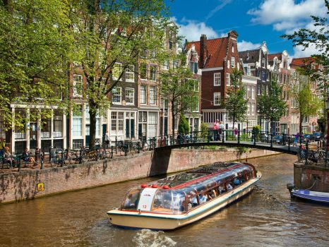 amsterdam-canal-tour