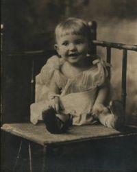 Mom 1924