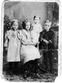 1897 E.P. Powers children