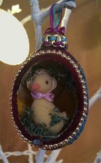 Easter Ducky  with Easter Bonnet