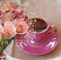 při kávě