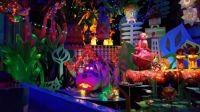 Disneyland Its a small world Christmas