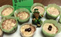 Bailey's Cheesecake Cupcakes - Delicious