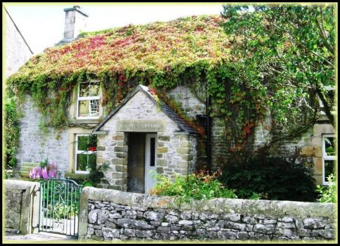 Old cottage in Derbyshire