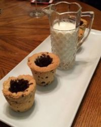 chocolate chip cookie shots