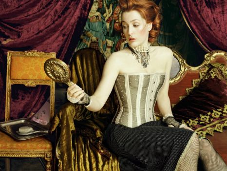 Gillian Anderson wearing a seriously awesome corset (simpler version)