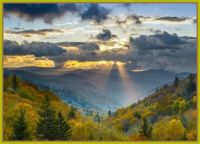 s-5 Sun-rays-coming-through-clouds-in-beautiful-Smoky-Mountains-