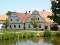 5 Holašovice - obec zapsaná na seznamu Unesco.