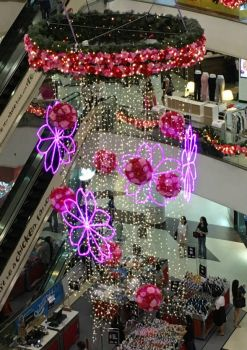 Festive decorations in a Shopping Mall