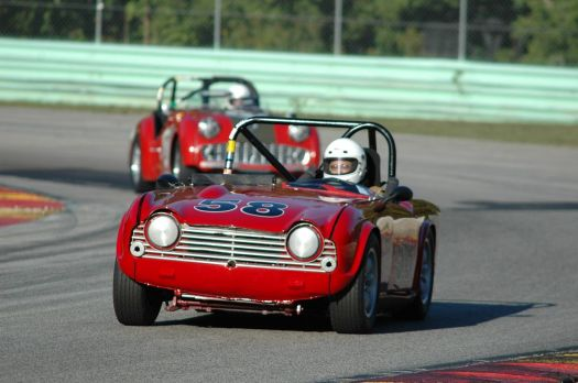 A TR4 leads a TR3