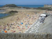 Busy beach at Saint Malo
