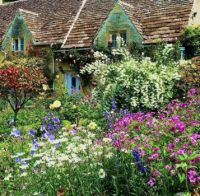 Garden in Bibury, Gloucestershire