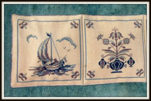 Thread count embroidery - Delft tiles 1 of 4