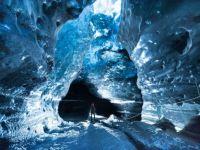 Svinafellsjökull White Walker Ice Cave