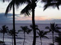 Evening comes to Maui (Hawaii)