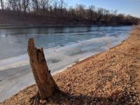 the river thaws