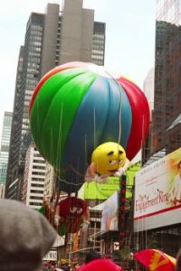 M & M Balloon Thanksgiving Day