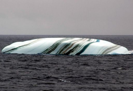iceberg 1700 miles south of South Africa