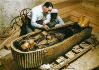 innermost coffin of Tutankhamun, 1925.