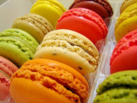 macarons, by zaylin14 on flickr