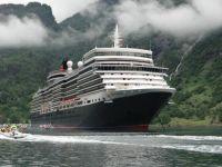 Cunard_Queen_Elizabeth_Geiranger_Norway
