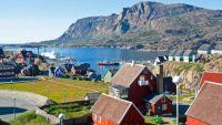 greenland-town-inuit-culture-baffin-island-canada-arctic-polar-travel-cruise-expedition-voyage-adventure-kayak-wildlife-marine-life-photography-birdwatching-north-west-passage-mark-robinson