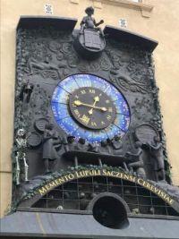 Hop museum clock