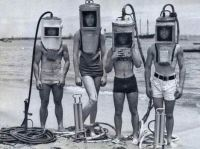 Scuba divers in the 1940s