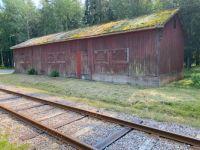 Barn by the railway