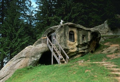 rock house