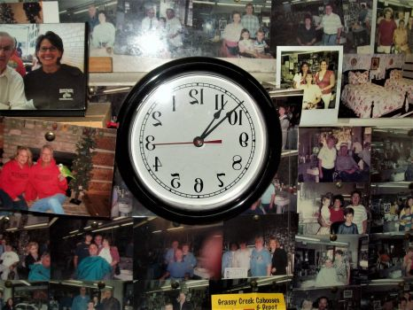 Floyd's Barber Shop clock
