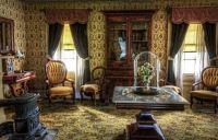 Antique luxurious living room
