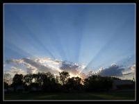 SUN RAYS/SUNSET