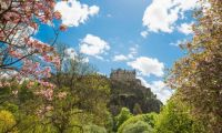edinburgh-castle-spring