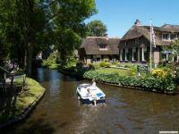 Lovely Giethoorn
