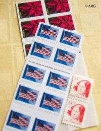 New Theme Tomorrow - Stamps, Coins, Paper Money, Trade Goods  (4 Independence Day-USA)