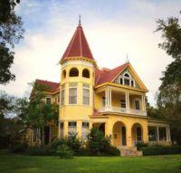 Kennard House - Victorian Mansion in Gonzales Texas