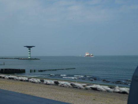 Photo's taken from Hoek van Holland/Maasvlakte, where the big ships enter (leave) Rotterdam harbours.