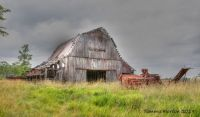 another old barn in Taney county...in the ozarks of Missouri
