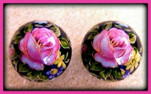Pinknblack Petal Perfection in a pair of lampwork beads