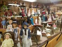 Dolly!! LOTS of Dollies!