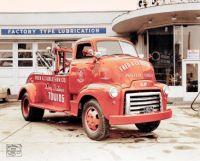 1948 - GMC COE tow truck, Carleson Towing