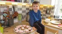 Piggly made some cakes!