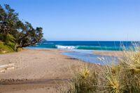 Whananaki Beach, Northland, NZ