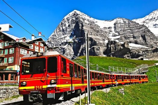 SWITZERLAND - JUNGFRAUJOCH RAILWAY STATION (the highest railway station in Europe)
