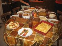 NOW THIS IS A COUNTRY SPREAD FOR THANKSGIVING