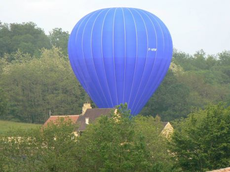 Balloon 20m away from my neighbours house