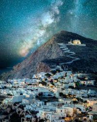 The Greek island of Folégandros…a small pearl in the Aegean Sea