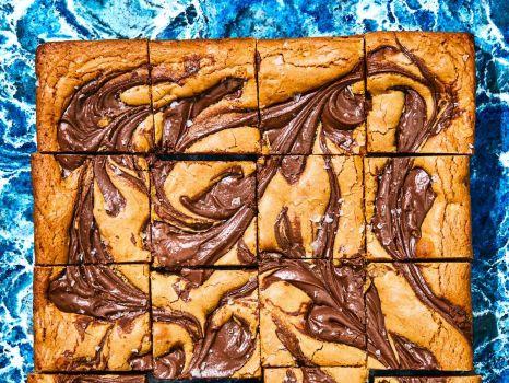 Hazelnut Swirl Blondies